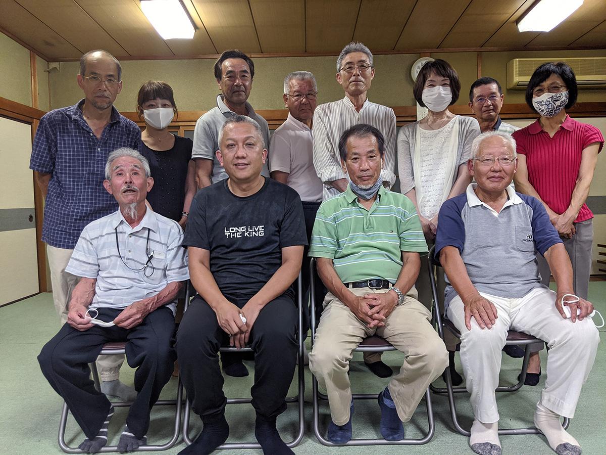 喜多地区環境保全委員会、舞鶴西地区の環境を考える会のメンバーで勝利を分かち合いました
